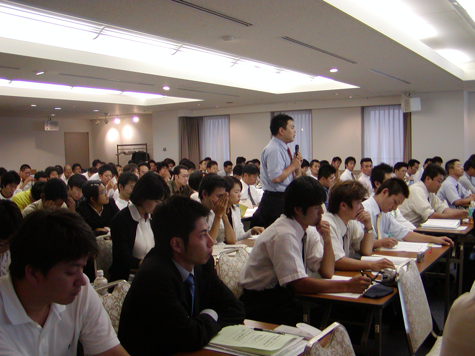 Photo: The Forum became a chance for young people to think about what they can do within the RENGO movement. (September 18, Shufukaikan)